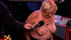 Hot Blonde Bree Shows Off Her Perfect Tits In A Porn Star Feud Game