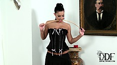 Mistress face sits her slave then binds her in a fish net on the table