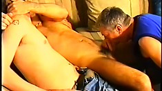 Naughty twinks pleasure their sugar daddy with a raw threesome