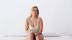 Huge tits bikini model